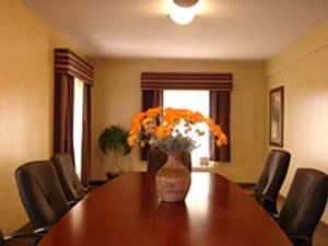 Board Room & Hospitality Suite, Holiday Inn Express & Suites Clearwater/Us 19 N, Clearwater