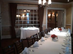 Chianti Room, BRIO Tuscan Grille, Columbus — Private space accommodating up to 20 guests.