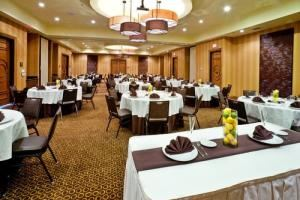 Bliss Package, Holiday Inn Hotel & Suites McKinney-Fairview, McKinney