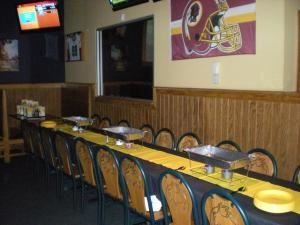 Entire Facility, Buffalo Wild Wings VCC Glen Allen, Glen Allen — This is just one way of setting up the dining room.