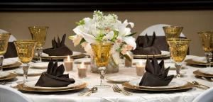 Sapphire Wedding Package, Embassy Suites/Basil's Kitchen and Catering, Seattle