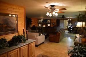 Summit Mountain Lodge Resorts