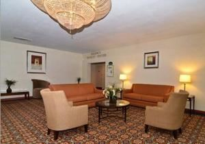 Half Banquet Room, Quality Inn Pottstown, Pottstown