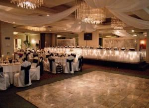 The Wildflowers Package, Holiday Inn Wilkes Barre - East Mountain, Wilkes Barre