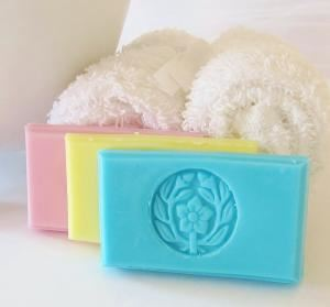 Crimson Hill Soaps & Scents