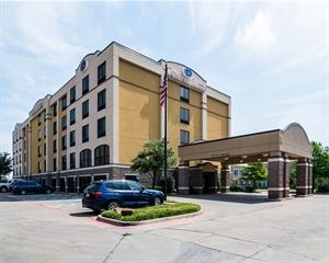 Comfort Suites DFW North