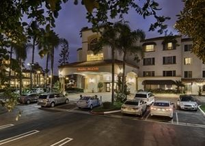 Hampton Inn & Suites Santa Ana-Orange County Airport