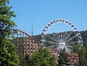 Six Flags Saint Louis