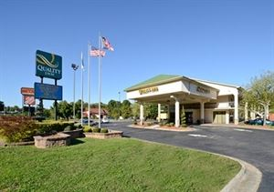 Quality Inn University (NC479)