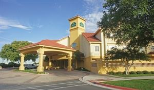 La Quinta Inn & Suites Austin Mopac North