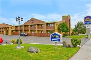 Best Western - Chieftain Inn