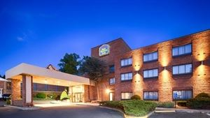Best Western Plus Danbury / Bethel