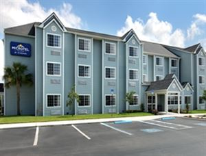 Microtel Inn & Suites by Wyndham Zephyrhills