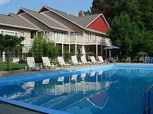 Suites of Saugatuck