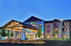 Holiday Inn Express Hotel & Suites Cheney- University Area