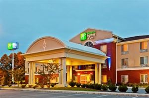 Holiday Inn Express & Suites Dickson