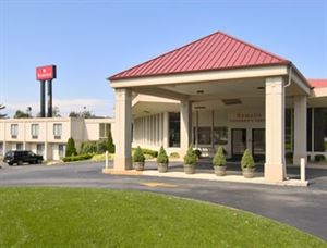 Ramada Lexington North Hotel & Conference Center