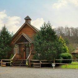 Smokies Weddings & Cabins