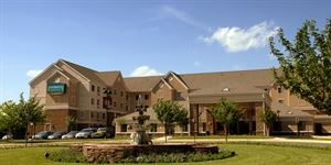 Staybridge Suites - Chantilly / Dulles Airport