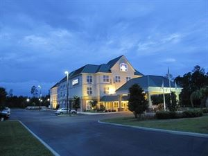 Best Western Plus - First Coast Inn & Suites
