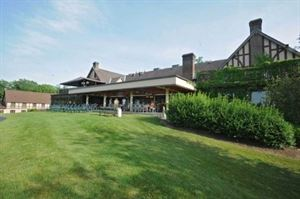 Mohawk Golf Club Clubhouse