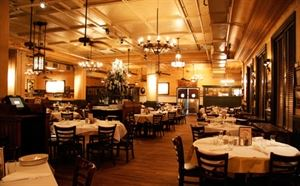 Carmine's Upper West Side
