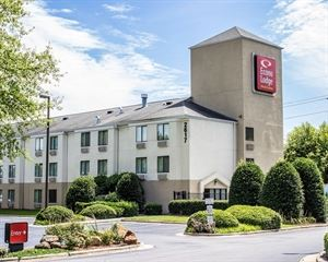 Econo Lodge Inn & Suites Raleigh North