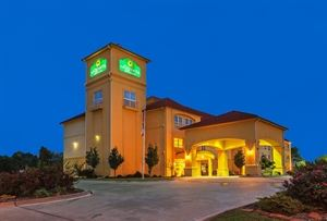 La Quinta Inn and Suites Sulphur Springs