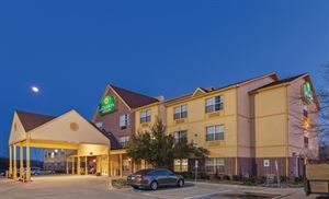 La Quinta Inn and Suites Dallas/Mesquite