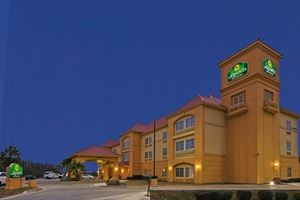 La Quinta Inn and Suites Seguin