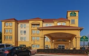 La Quinta Inn and Suites Woodlands Northwest