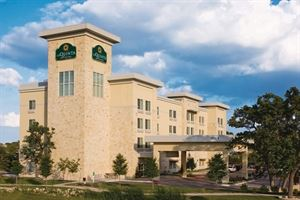 La Quinta Inn and Suites Austin-Cedar Park