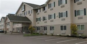 GuestHouse Inn and Suites Aberdeen