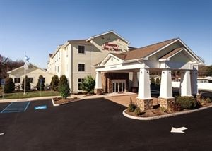 Hampton Inn and Suites Mystic