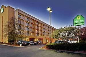 La Quinta Inn and Suites Kingsport TriCities Airport