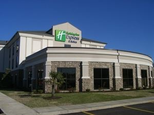 Holiday Inn Express Hotel and Suites Covington