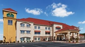 La Quinta Inn and Suites Searcy