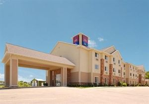 Comfort Suites at Royal Ridges