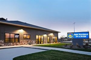 Best Western Plus - Night Watchman Inn & Suites