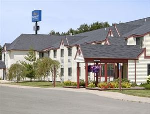 Baymont Inn and Suites Gaylord