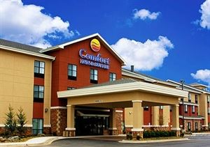 Comfort Inn and Suites Shawnee