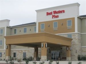 Best Western Plus - Carrizo Springs Inn & Suites