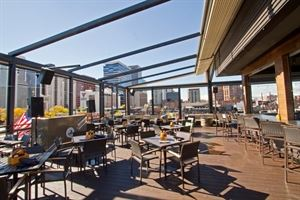 Viewhouse Eatery, Bar & Rooftop