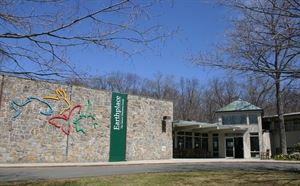 Earthplace-The Nature Discovery Center