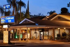 Best Western Plus - Carriage Inn