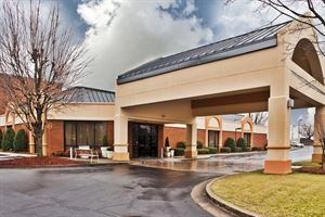 Holiday Inn Gainesville-Lanier Centre