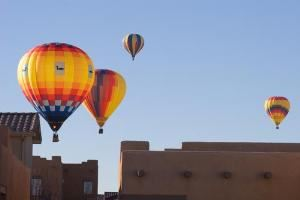 Urban ballooning over Alburquerque