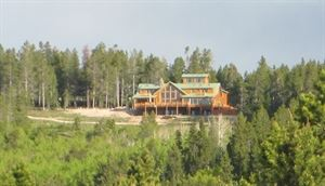 Sunburst Lodge Bed And Breakfast