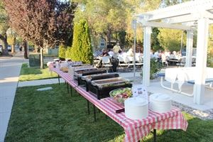 Gordon's Backyard BBQ Catering