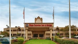 Best Western Plus - Wine Country Inn & Suites